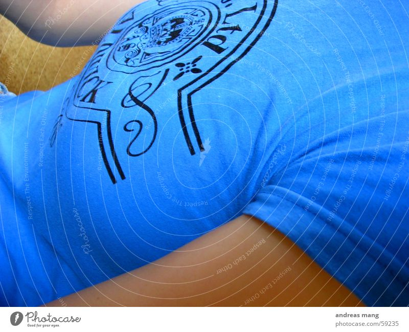 Blau blau Arme T-Shirt Top Druck Aufdruck