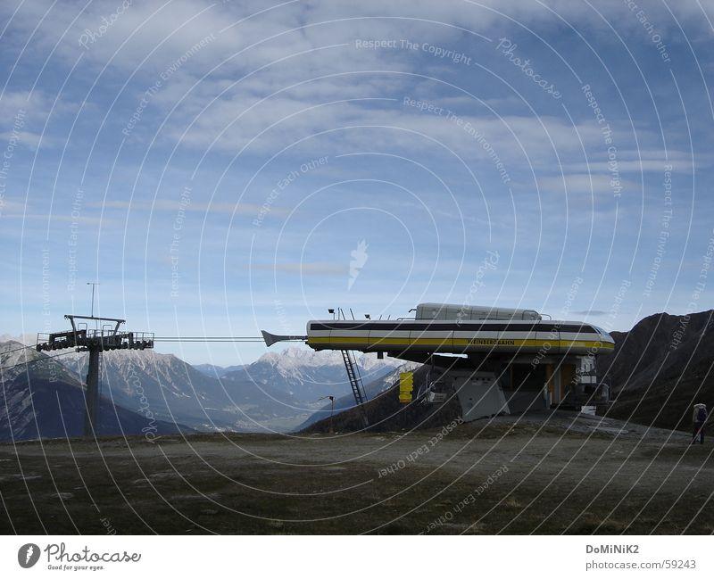 Bergstation ohne Funktion Natur Himmel Sommer Berge u. Gebirge Alpen Fahrstuhl Bundesland Tirol Umgebung Skigebiet Zams Venet