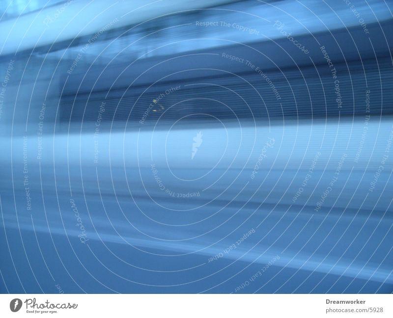 blaue Strasse weiter blau Haus Straße Wand Fassade Geschwindigkeit fahren