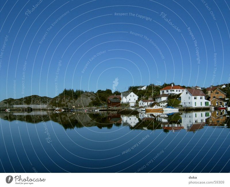 Norwegen_2 Wasser Himmel blau Ferien & Urlaub & Reisen Haus Berge u. Gebirge See Hügel Norwegen