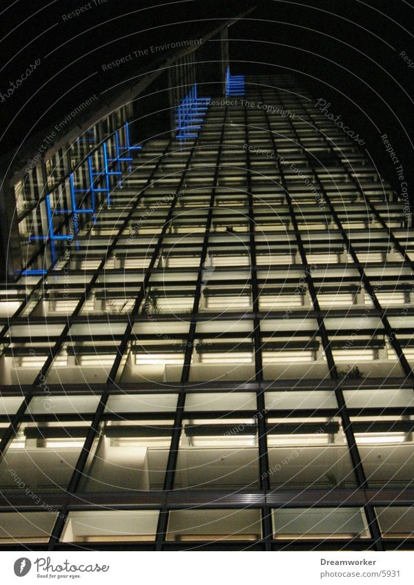 Blick nach oben Berlin Architektur Glas Hochhaus Fassade Potsdamer Platz