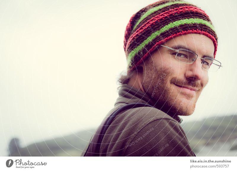 na süße, alles klar? Jugendliche Mann Erholung 18-30 Jahre Junger Mann Gesicht Erwachsene Gefühle Freiheit Glück Kopf maskulin Zufriedenheit Lächeln Ausflug