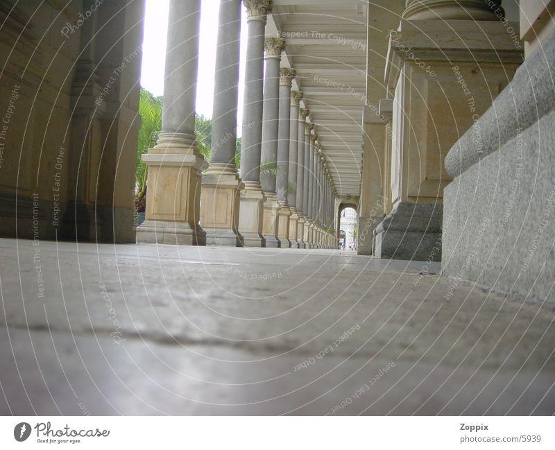 Säulen_cz leer lang Fototechnik