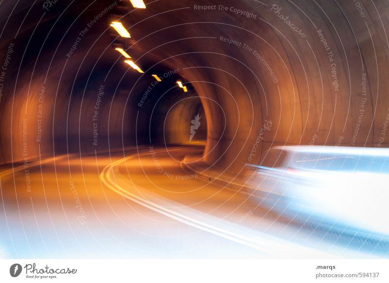 Zeitnah Güterverkehr & Logistik Berufsverkehr Verkehr Verkehrsmittel Verkehrswege Personenverkehr Straße Tunnel Kurve fahren Geschwindigkeit Stress Bewegung