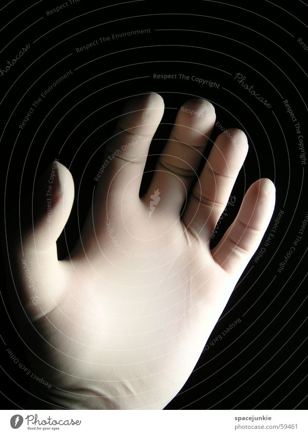Plastic Hand Finger Handschuhe schwarz weiß fangen Makroaufnahme Statue plastic