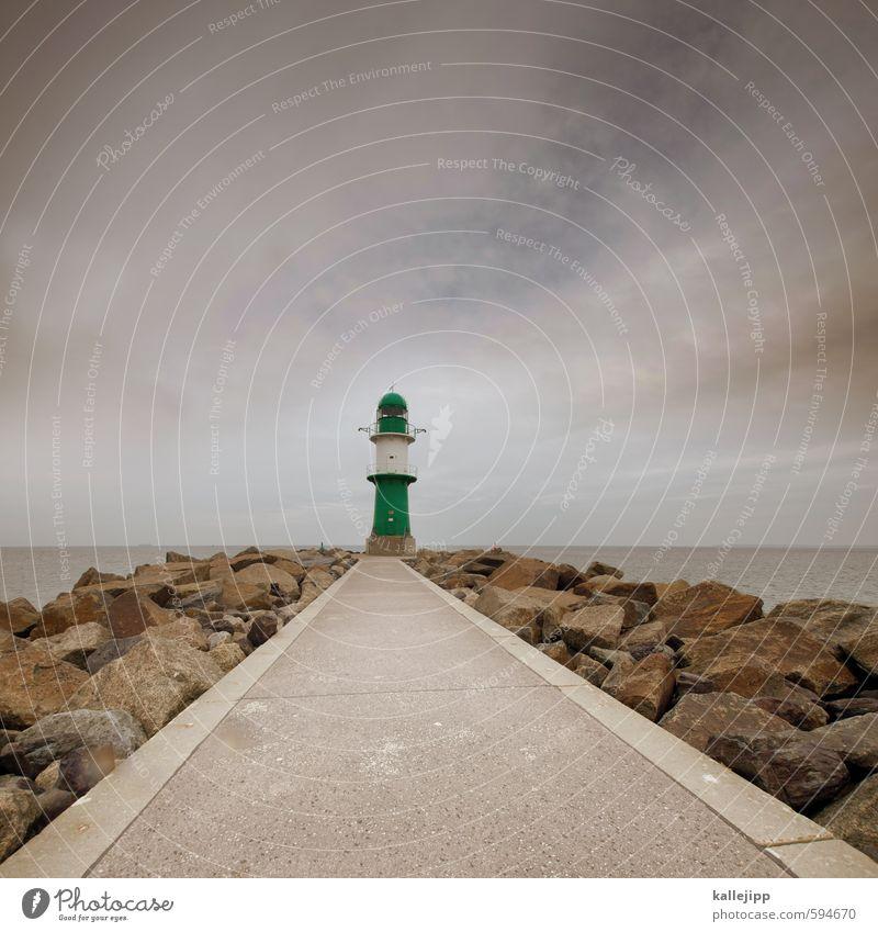 du suchst das meer Umwelt Wasser Wellen Küste Ostsee Turm Leuchtturm Warnemünde Orientierung Navigation Zentralperspektive Horizont Wege & Pfade Ziel Futurismus