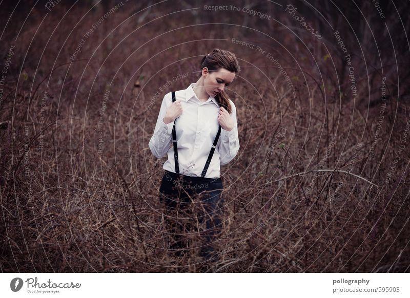 ~ Mensch feminin Junge Frau Jugendliche Erwachsene Leben Körper 1 18-30 Jahre Natur Landschaft Pflanze Herbst Schönes Wetter Sträucher Wildpflanze Feld Hemd