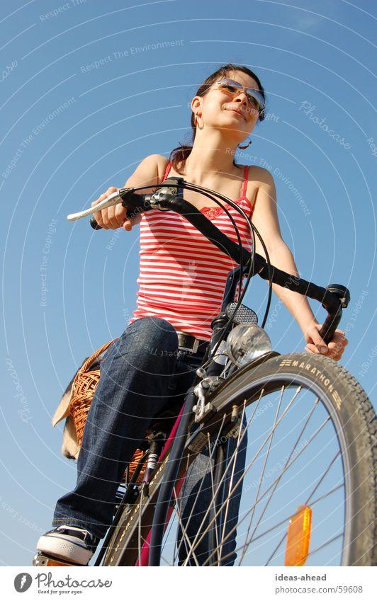 Cycling° Fahrrad Frau Mädchen Fahrradtour Sommer picknik