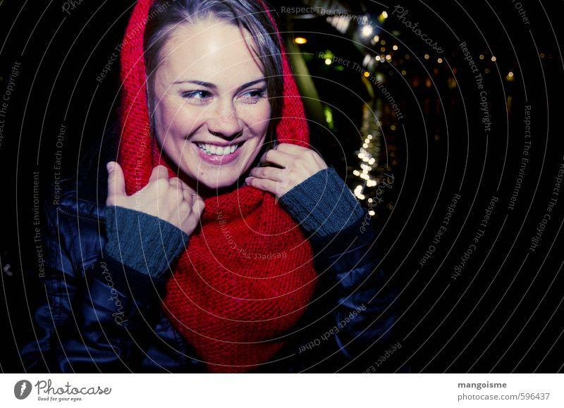 strahlemädchen Mensch Jugendliche schön Hand rot Junge Frau Freude 18-30 Jahre Gesicht Erwachsene feminin lachen Glück elegant Zufriedenheit leuchten