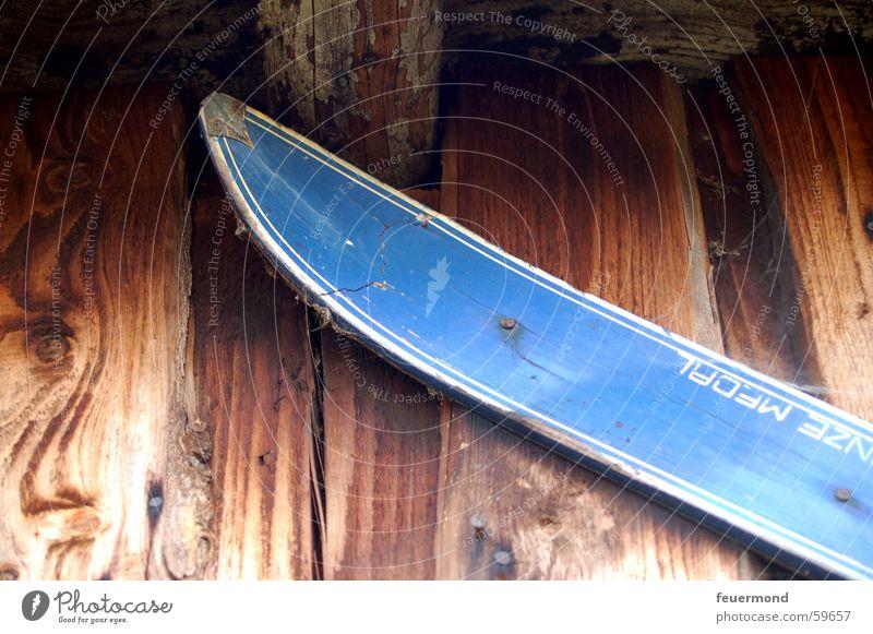 skiheil alt blau Sport Holz kaputt Skier Holzbrett Skierspitze