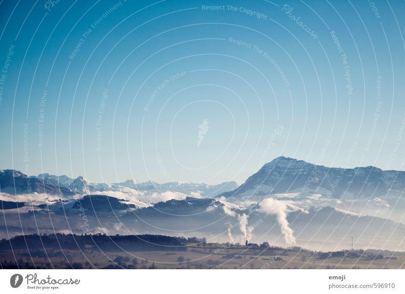 blue Umwelt Natur Landschaft Himmel Wolkenloser Himmel Winter Schönes Wetter Alpen Berge u. Gebirge natürlich blau Farbfoto Außenaufnahme Menschenleer