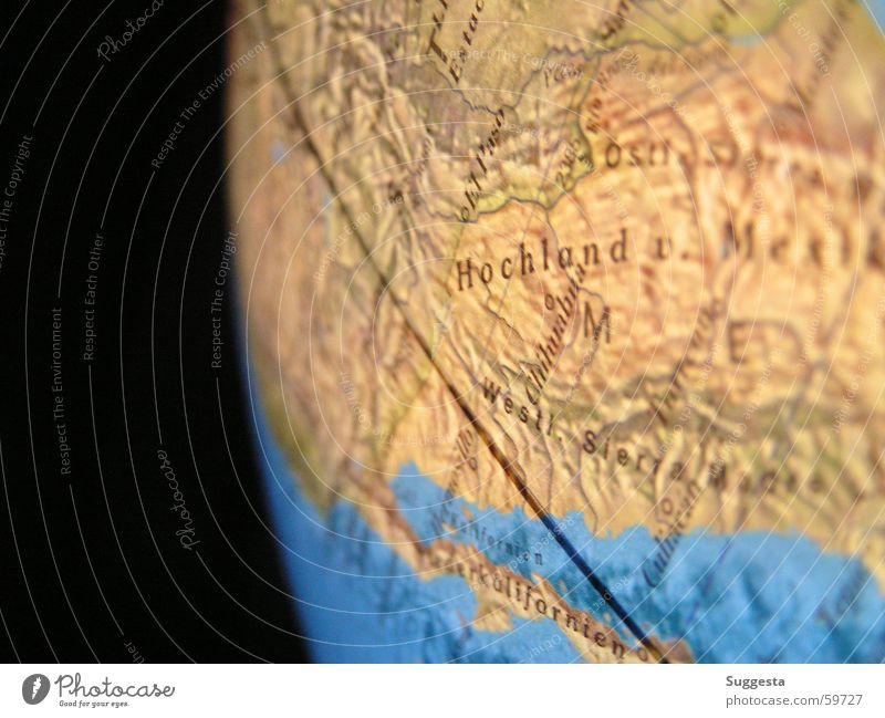 Erdkugel Wasser blau schwarz Linie braun Horizont Erde Ecke Kugel Landkarte Weltall Amerika Globus Hochebene