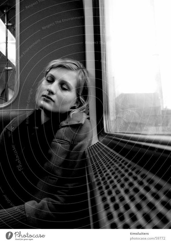 Die Entspannung schlafen ruhig Frau peolple Eisenbahn Zufriedenheit
