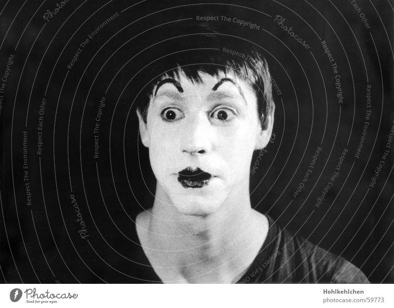 Alexander Popov Mann Clown Porträt Studioaufnahme geschminkt Überraschung unlustig Pantomime Dreißiger Jahre Schwarzweißfoto Gesicht Hals alt alex