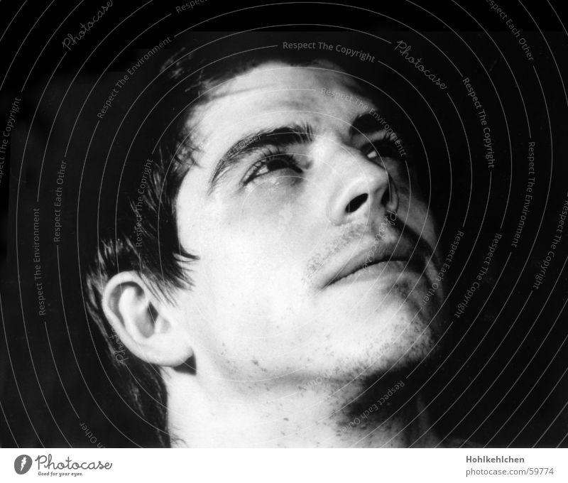 Echte Helden Mann Porträt Studioaufnahme unrasiert Blick Tatendrang Gesicht Schwarzweißfoto Blick nach oben alex