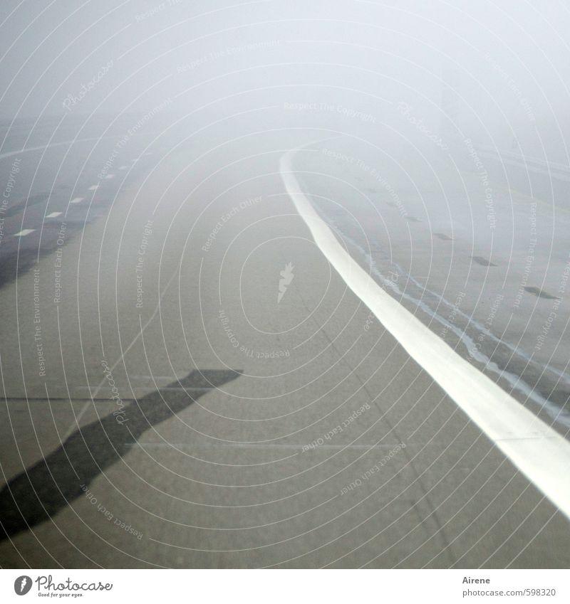 Erstes 2014 | No way! Wetter schlechtes Wetter Nebel Verkehrswege Autofahren Straße Autobahn Zeichen Schilder & Markierungen Verkehrszeichen Linie bedrohlich