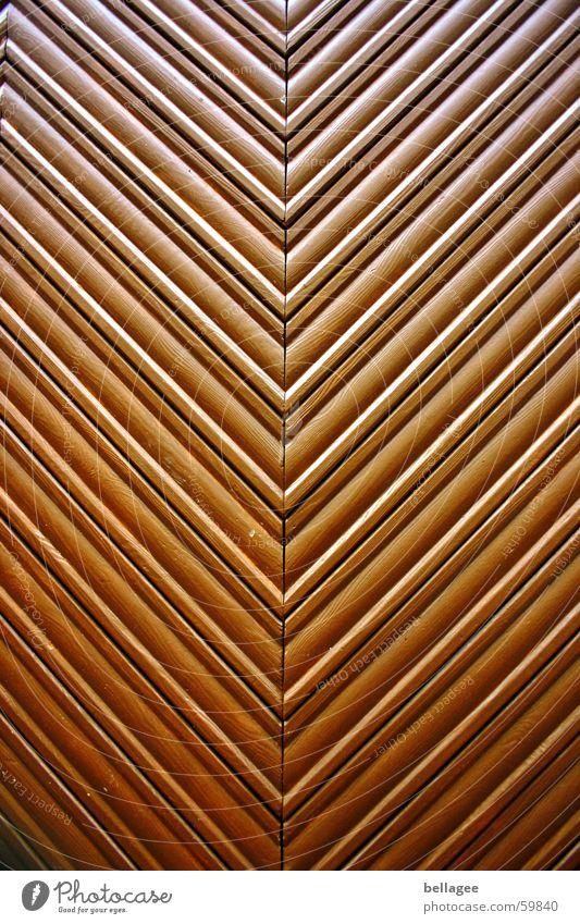 fischgräte Holz braun Tür Parkett Holzleiste Fischgräte