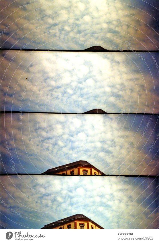 Cloudy City Haus Dach Wolken Leipzig gelb rot weiß Fenster Himmel blau Lomografie supersampler