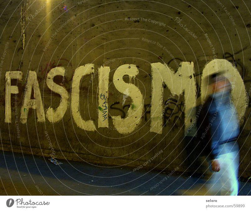 Bush a Roma außergewöhnlich Angst Schriftzeichen Macht Buchstaben Wut Politik & Staat gegen Ekel Panik Ärger protestieren Demonstration Hass Vandalismus