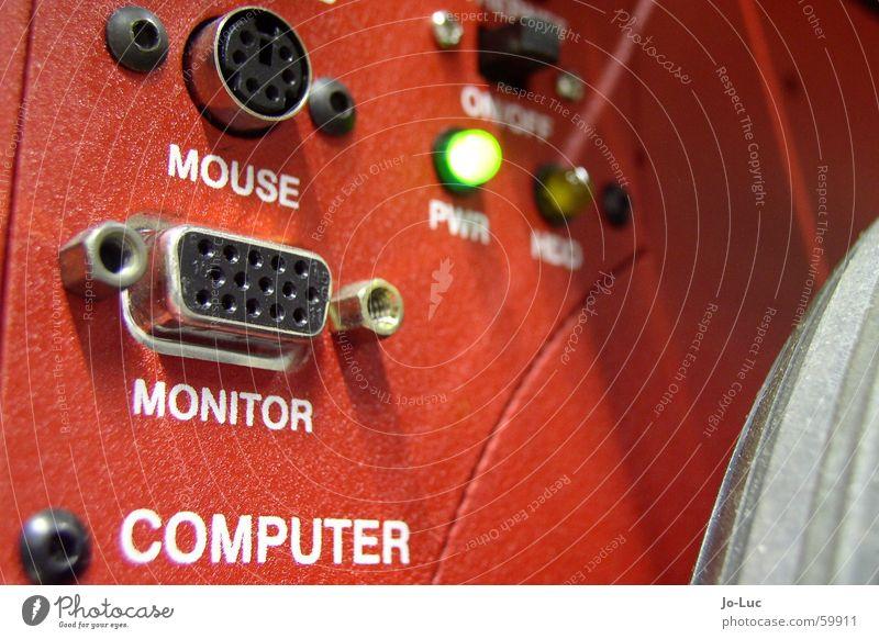 plug and pray rot Schnittstelle Anschluss Computer Computermaus Leuchtdiode Roboter Stecker Technik & Technologie Technikfotografie Wissenschaften interface