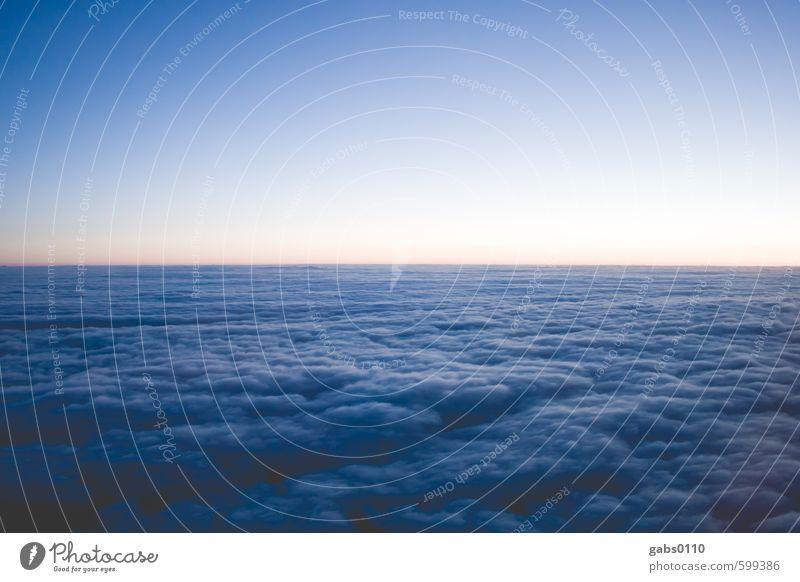 Wolkenbad Himmel Natur Ferien & Urlaub & Reisen blau Ferne kalt gelb Freiheit Horizont Luft Wetter Luftverkehr Klima weich Weltall