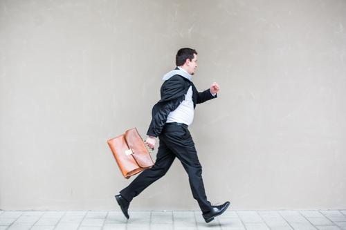 step out Mensch Jugendliche Mann 18-30 Jahre Junger Mann Erwachsene Bewegung außergewöhnlich Arbeit & Erwerbstätigkeit fliegen maskulin Business Körper Kraft