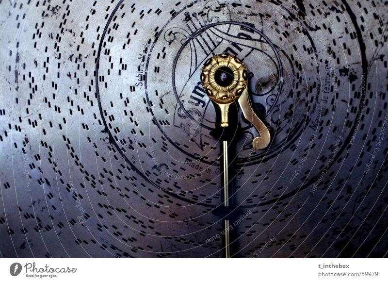 Old Music alt blau Musik grau Deutschland gold rund Loch Nostalgie Ton Klang antik Sachsen Kostbarkeit teuer