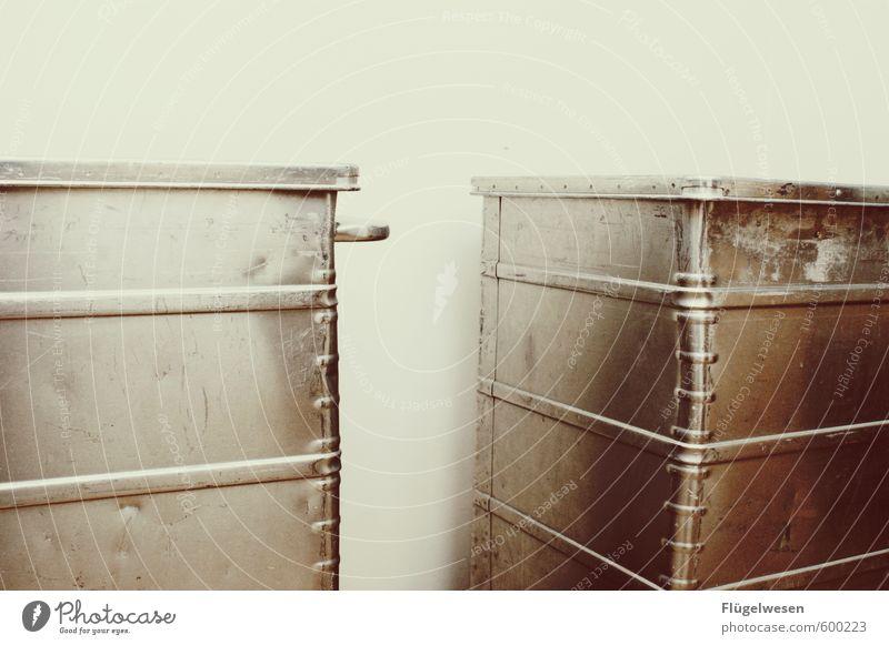 Umzug Häusliches Leben Wohnung Renovieren Umzug (Wohnungswechsel) einrichten Innenarchitektur Zukunftsangst Kiste Truhe Metallwaren Ferien & Urlaub & Reisen