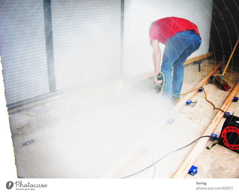 einer der wo noch was arbeiten tut Arbeit & Erwerbstätigkeit Elektrizität Baustelle Rauch Handwerk Abgas Renovieren Staub bohren Heimwerker