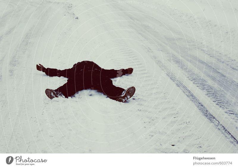 Winterschlaf Mensch Natur Jugendliche Landschaft 18-30 Jahre Winter Junger Mann kalt Erwachsene Umwelt Straße Schnee Wege & Pfade Schneefall Eis Wetter