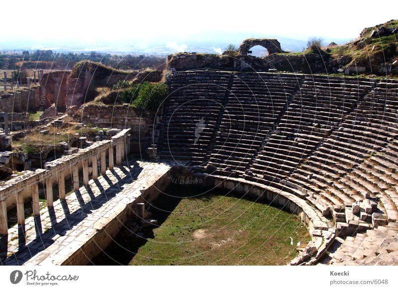 Amphitheater II Ferien & Urlaub & Reisen Stein Wärme Architektur kaputt Physik Theater Ruine Zerstörung Türkei Wissenschaften