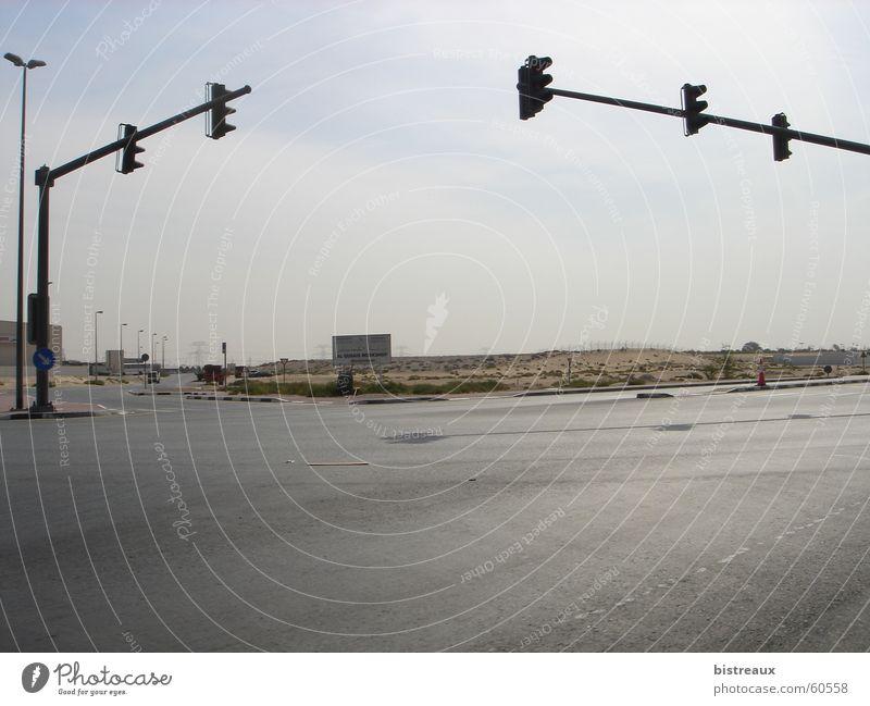 Ferien bei der Oman Straße Wüste Ampel Mischung Dubai Naher und Mittlerer Osten Ausland