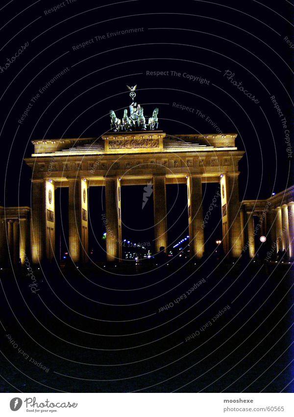Brandenburger Tor Berlin hauptstadt in der nacht