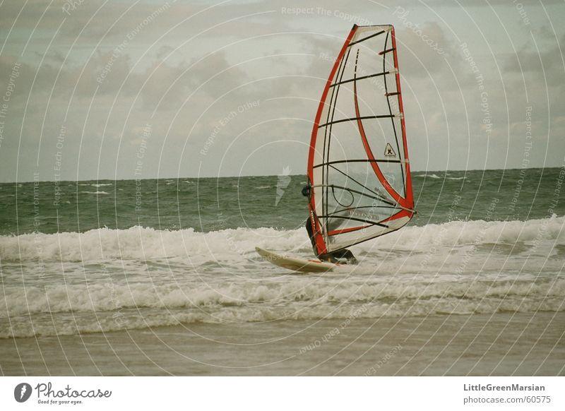surf the storm... Himmel Wasser Meer Strand Sport Sand Wellen Wind Kraft Surfen Schaum Wassersport Segel Surfer Salz Wasserfahrzeug