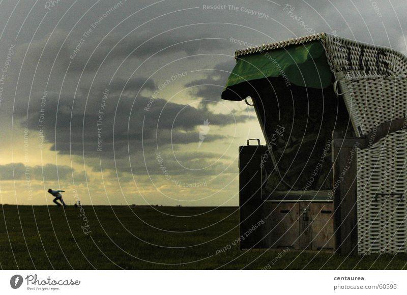 Wind? Mensch Meer Strand Ferien & Urlaub & Reisen Wolken Erholung sitzen Aussicht kämpfen Nordsee Strandkorb Nachmittag