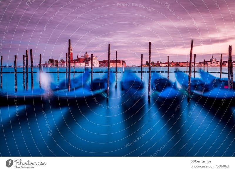 bewegende Gondel in Venedig im Abendrot Ferien & Urlaub & Reisen Tourismus Ausflug Ferne Sightseeing Städtereise Kreuzfahrt Sommerurlaub Wasser Meer Hafenstadt