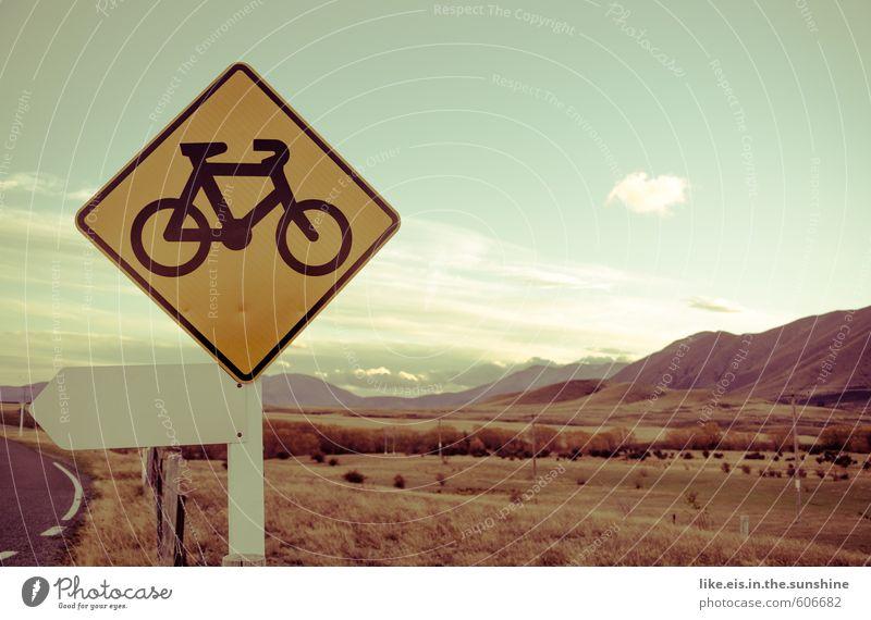nachhaltig bewegen. Natur Ferien & Urlaub & Reisen Sommer Landschaft Ferne Umwelt Leben Freiheit Freizeit & Hobby Fahrrad Tourismus Ausflug Abenteuer Fahrradfahren Alpen Hügel