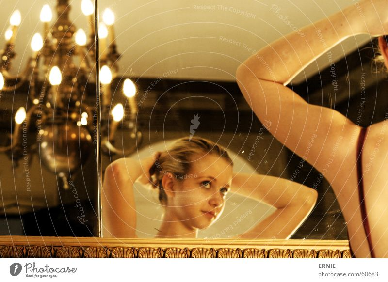 Ballääätt Kind Lampe Stil Haare & Frisuren Tanzen Haut Arme gold süß Spiegel Träger Kronleuchter