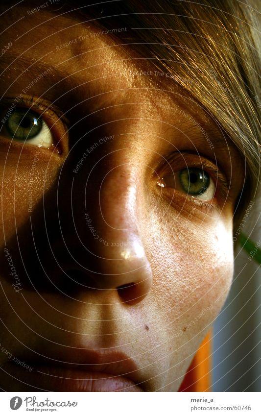 nachdenklich Frau Sonnenuntergang Trauer Denken Auge Traurigkeit