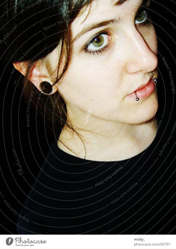 auch elfen träumen Frau schön Lippen schwarz Piercing Tunnel Denken Gedanke Wimpern fantastisch grüne augen Nase Auge Haare & Frisuren Gesicht große augen Elfe