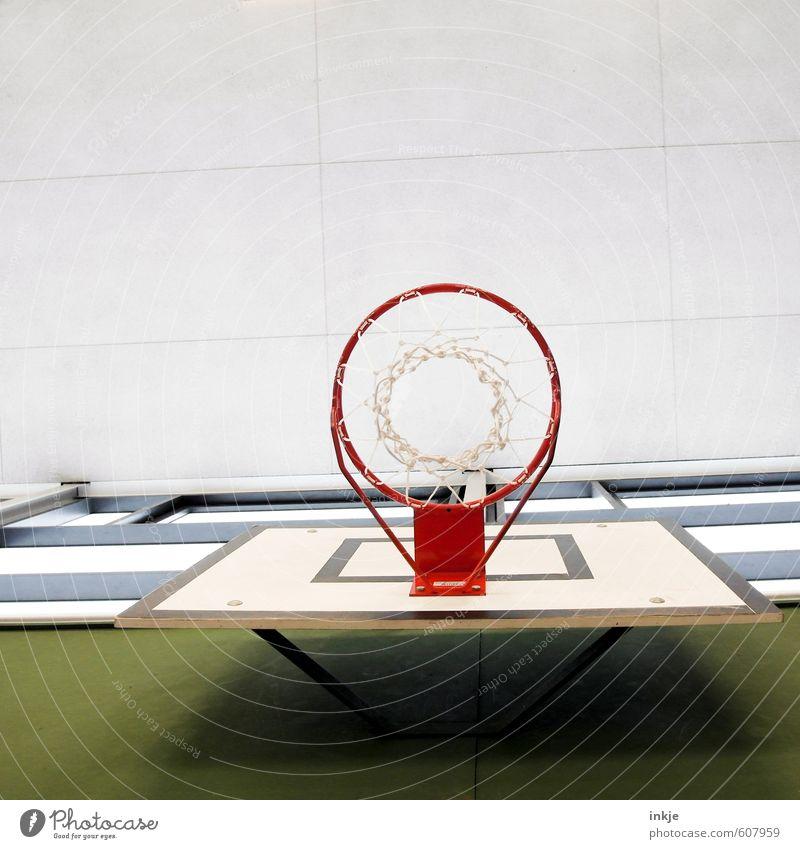 *flummpp* Lifestyle Freude Freizeit & Hobby Spielen Sport Ballsport Basketball Basketballkorb Sportstätten Basketballplatz Menschenleer Decke Linie Netz Kreis