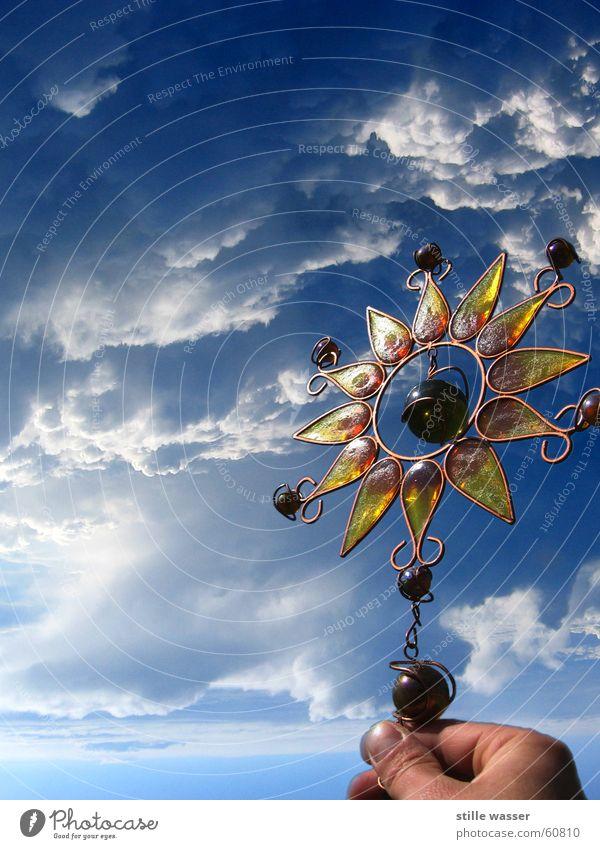 Wo bist du mein Sonnenstern Hand Himmel Wolken Ferne Freiheit Luft Stern (Symbol) Niveau Daumen Lichtspiel