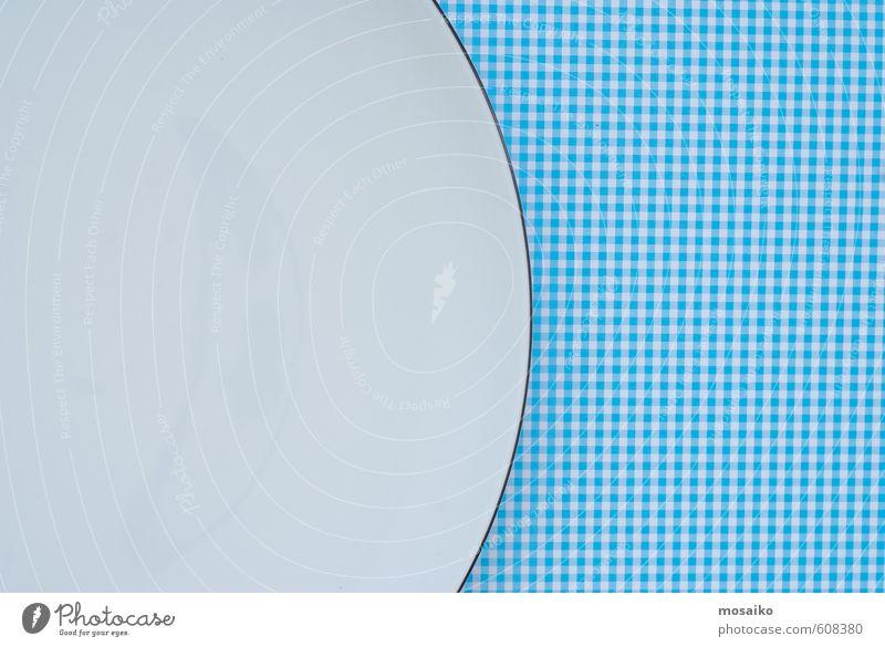 Lebensmittel Essen Teller Lifestyle Design Diät Sauberkeit blau weiß Appetit & Hunger Farbe Zufriedenheit Idee Inspiration Detailaufnahme
