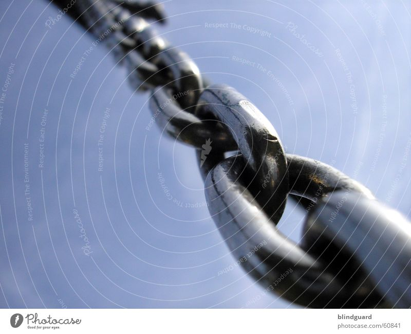 Heavens Chains Chrom Stahl Kraft Rollenspiel Detailaufnahme Makroaufnahme Nahaufnahme Kette chain Himmel heaven Macht