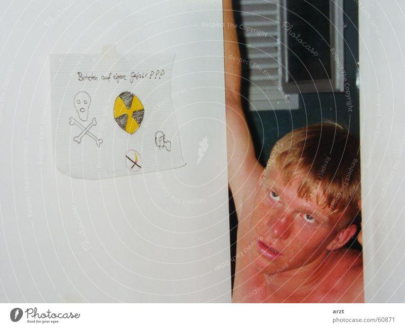a radioactive fallout stoppen Toilette Geruch Verbote explosiv Radioaktivität Übelriechend
