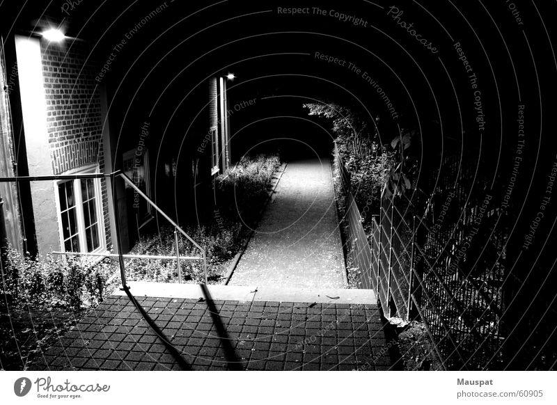 Ungewissheit dunkel Wege & Pfade Treppe ungewiss Seitenweg