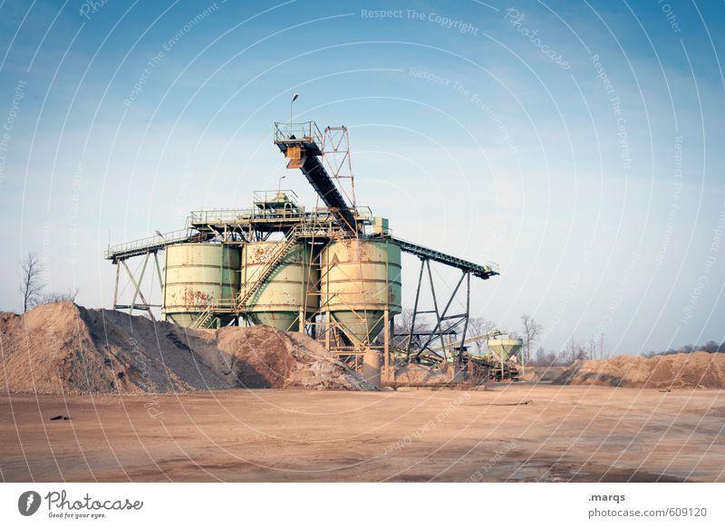 Kieswerk Sand Metall Arbeit & Erwerbstätigkeit Erde Technik & Technologie Industrie Baustelle Fabrik Wolkenloser Himmel Stahl Wirtschaft Behälter u. Gefäße