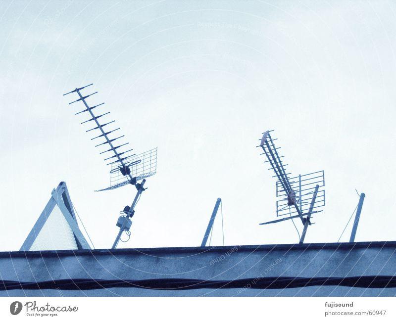 blaue antennen Himmel blau Haus Gebäude Linie Antenne
