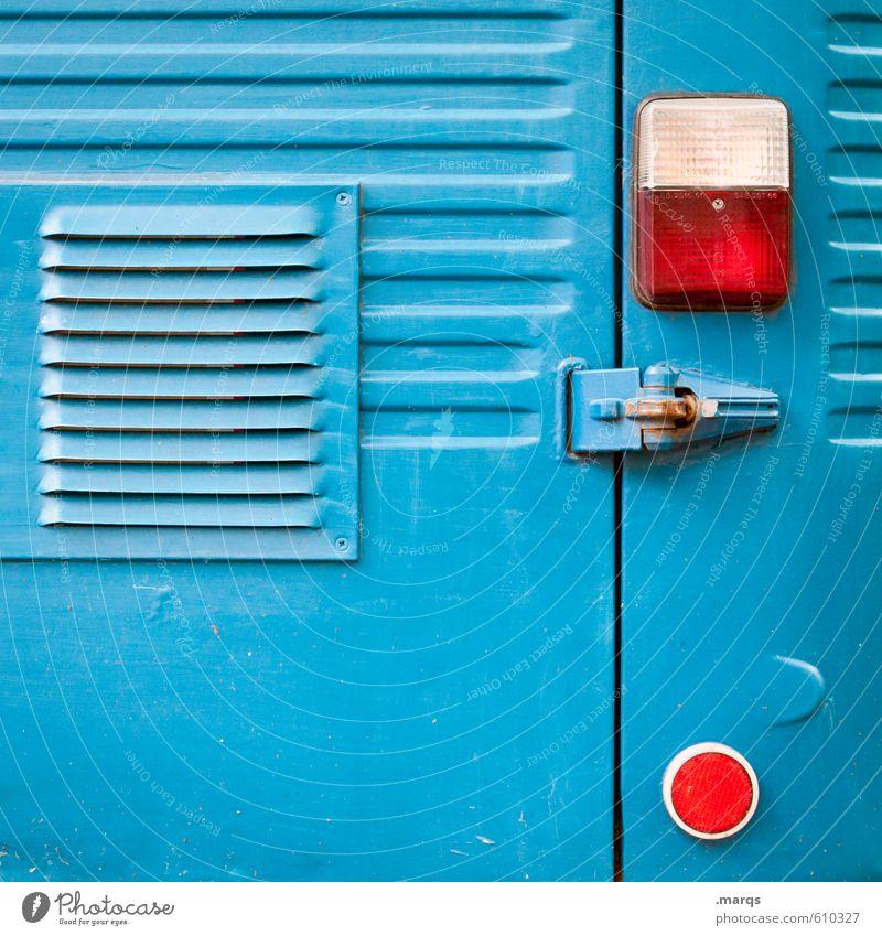 Rücklicht Stil Verkehrsmittel Fahrzeug Reflektor Metall Linie einfach retro schön blau Farbfoto Außenaufnahme Nahaufnahme abstrakt Strukturen & Formen