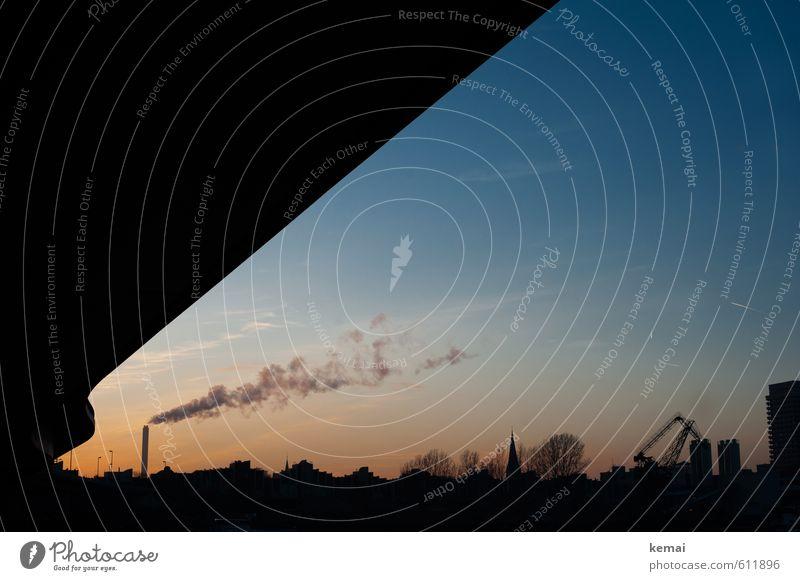 Industrie-Silhouette Himmel blau Haus Schönes Wetter Brücke Hafen Fabrik Abenddämmerung Abgas Schornstein Kran Industrieanlage Rauchwolke